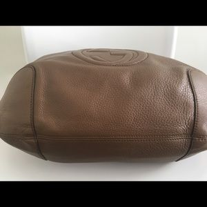 Gucci Bags - Gucci Soho Hobo, Like New Condition